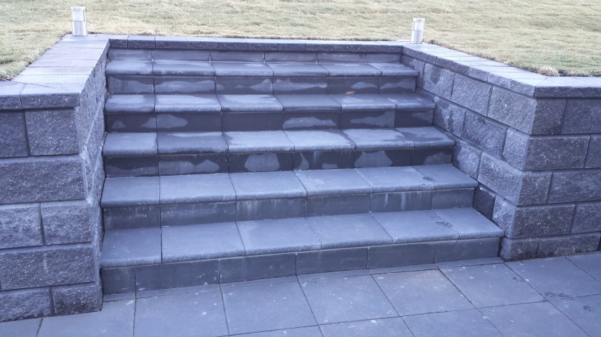 Paved stairs and entrances - Pacific Brick Paving Newcastle